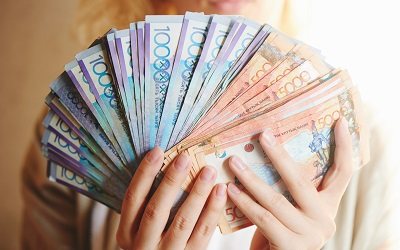 Заемщикам пообещали миллионы тенге